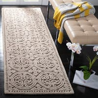 "Safavieh Handmade Moroccan Cambridge Brown Wool Rug - 2'6"" x 6'"