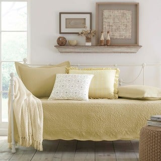 Trellis Maize 5-piece Daybed Set https://ak1.ostkcdn.com/images/products/5156381/P12998070.jpg?_ostk_perf_=percv&impolicy=medium