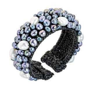 Handmade Cotton Mosaic Black and White Freshwater Pearl Expandable Cuff Bracelet (Thailand)