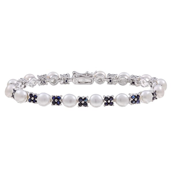 Dolce Giavonna Sterling Silver White Freshwater Pearl and Sapphire Link Bracelet (6 mm)