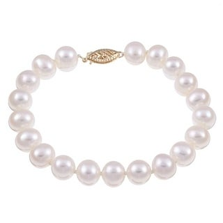 DaVonna 14k Yellow Gold White Freshwater Pearl Bracelet (8-9mm)