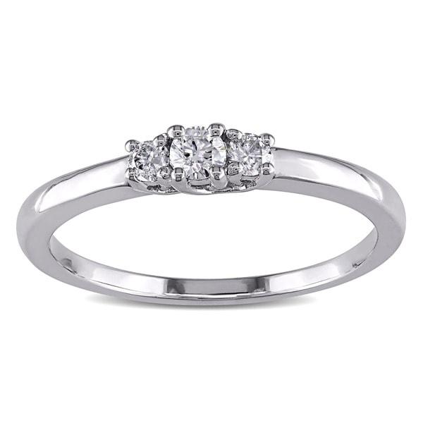 Miadora Sterling Silver 1/5ct TDW 3-Stone Diamond Ring