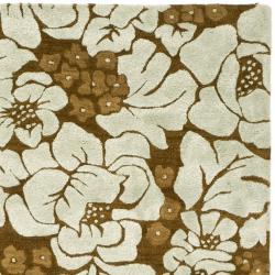 Safavieh Handmade Garden Chocolate/ Light Blue N. Z. Wool Rug (8'3 x 11') - Thumbnail 1