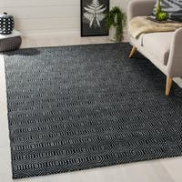 Safavieh Handmade South Hampton Southwest Black Rug - 5' x 8'