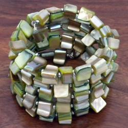 Handmade Green Mother of Pearl Wrap Bracelet (China)