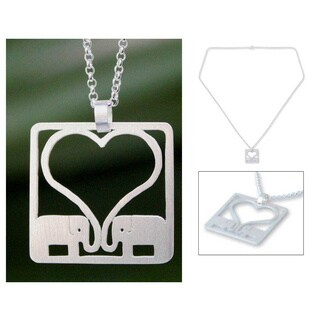 Handmade Sterling Silver 'Jumbo Love' Necklace (Thailand)