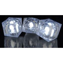 White Crystal Light-up Cubes (Pack of 24)