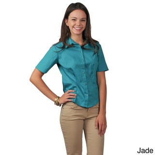 Journee Collection Women's 1/2-Sleeve Fitted Button-Front Blouse