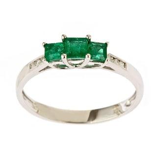 Anika and August 14k White Gold Emerald and 1/5ct TDW Diamond Ring (I-J, I1-I2)