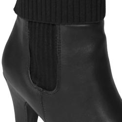 Journee Collection Women's 'Verde-07' Sweater Top Ankle Boot