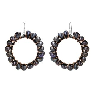 Handmade Silver and Copper FW Black Pearl Dangle Earrings (4-5 mm) (Thailand)