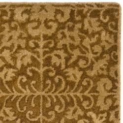 Safavieh Handmade Majestic Beige Wool Runner (2'3 x 20') - Thumbnail 1