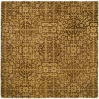 Safavieh Handmade Majestic Beige Wool Rug - 8' x 8' Square