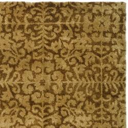 Safavieh Handmade Majestic Beige Wool Rug (5' x 8') - Thumbnail 1