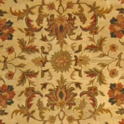 Safavieh Handmade Heritage Ivory Wool Rug (8'3 x 11') - Thumbnail 2