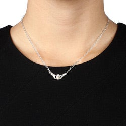 Black Hills Gold and Silver Claddagh Necklace - Thumbnail 2