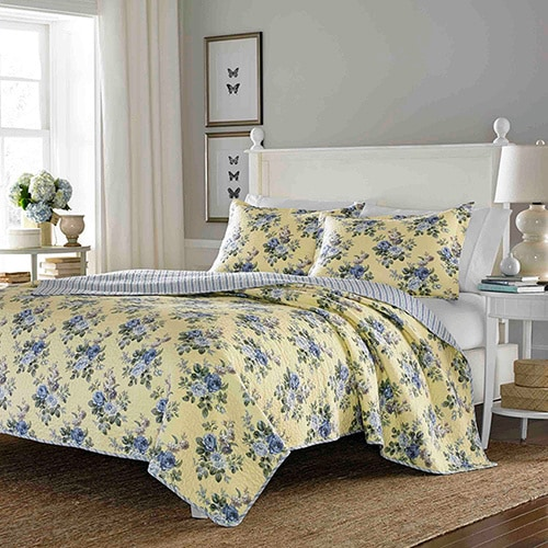 Shop Laura Ashley Linley Reversible 3 Piece King Size Quilt Set