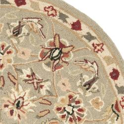 Safavieh Hand-hooked Chelsea Tabriz Sage/ Ivory Wool Rug (3' Round) - Thumbnail 1