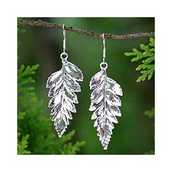 Silverplated 'Fern Love' Natural Leaf Drop Earrings (Thailand)