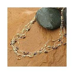 Handmade 'Spring Crocus' Pearl Strand Necklace (4-6 mm) (Thailand)