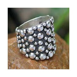 Sterling Silver 'Touch The Earth' Ring (Thailand)