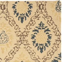Safavieh Handmade Traditions Beige Wool Rug (8'3 x 11') - Thumbnail 1