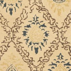 Safavieh Handmade Traditions Beige Wool Rug (8'3 x 11') - Thumbnail 2