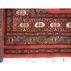 Pakistani Hand-knotted Rust/ Ivory Bokhara Wool Rug (3' x 5') - Thumbnail 2