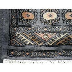 Pakistani Hand-knotted Gray/ Beige Bokhara Wool Rug (2'7x 12')