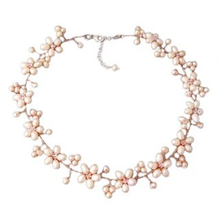 Handmade Intricate Pink Pearl Flower Link Necklace (3-10 mm) (Thailand)