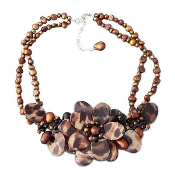 Handmade Triple Leopard Mother of Pearl/ Pearl/ Agate Necklace (Thailand)