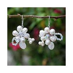 Handmade Pearl and Quartz 'Iridescent' Flower Earrings (4-6 mm) (Thailand)