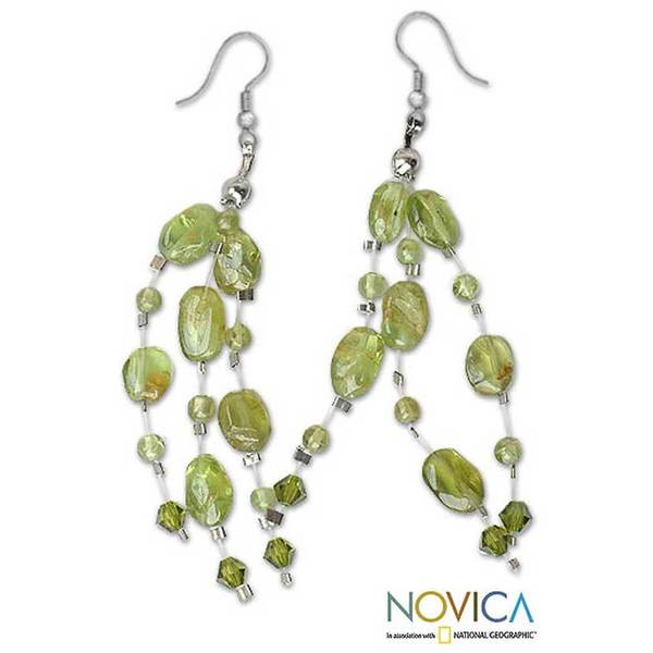 Handmade Peridot 'Lime Drops' Waterfall Earrings (Thailand)