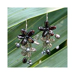 Handmade Pearl/ Garnet/ Smokey Quartz 'Blossoming' Earrings (4-6 mm) (Thailand)