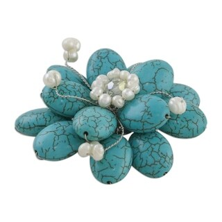 Handmade Resin 'Blue Azalea' Pearl Brooch (4-6 mm) (Thailand)
