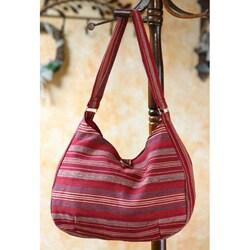 Handmade Cotton 'Garnet Synchronicity' Hobo Bag (Guatemala)