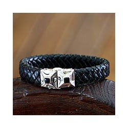 Men's Leather 'Romeo' Onyx Bracelet (Indonesia)
