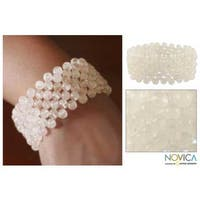 Handmade Rose Quartz 'Mystical Muse' Stretch Bracelet (India) - White