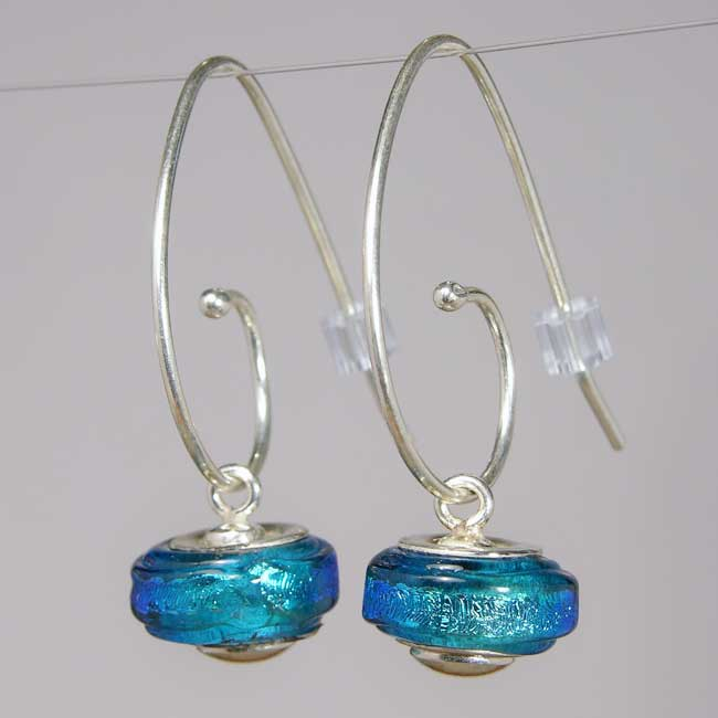 73eec5dd0 Shop Handmade Sterling Silver Blue Dichroic Glass Bead Earrings (Mexico) -  Free Shipping On Orders Over $45 - Overstock - 5268971