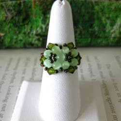 Handmade Crystal and Cat's Eye Beautiful Green Beaded Flower Ring (USA) - Thumbnail 2