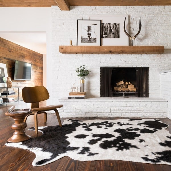 Faux Rawhide Ivory and Black Rug (6'2 x 8')