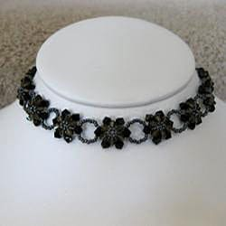 Handmade Stainless Steel Black Crystal Sunflower Choker (USA)