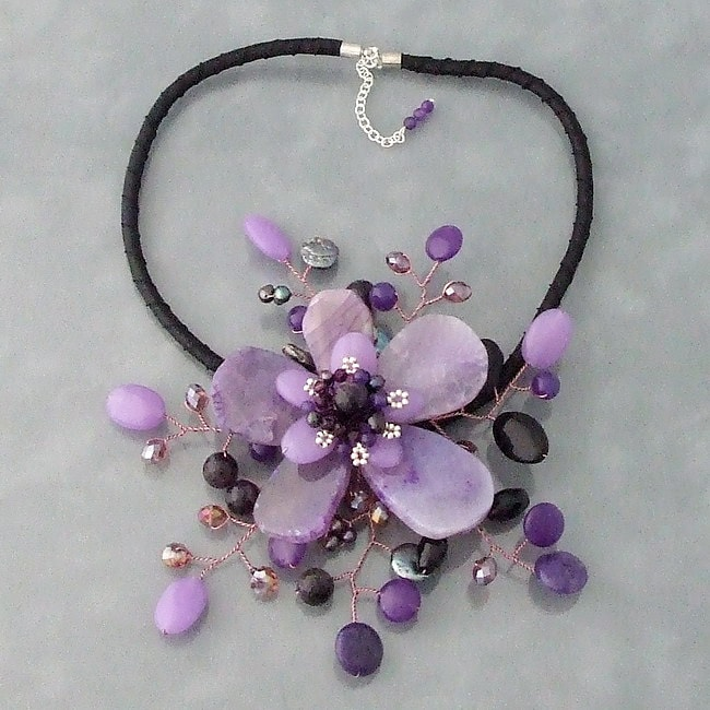 Handmade Amethyst and Coin Pearl Star Flower Necklace (3-5 mm) (Thailand) - Thumbnail 0