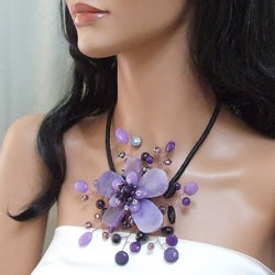 Handmade Amethyst and Coin Pearl Star Flower Necklace (3-5 mm) (Thailand) - Thumbnail 2