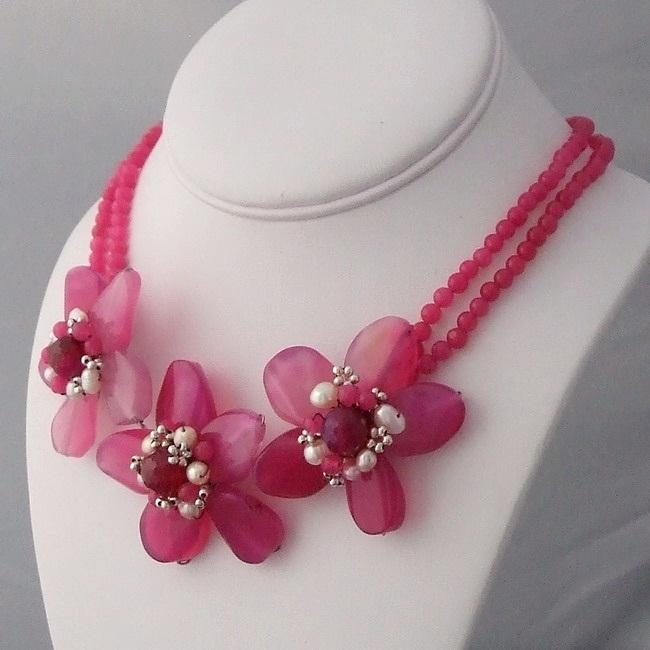 Pearl Center Triple Pink Agate Flower Necklace (3-5 mm) (Thailand)