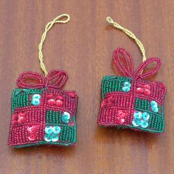 Set of 2 Red Gift-shaped Holiday Ornaments (India) - Thumbnail 1