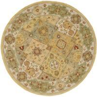 Safavieh Handmade Heritage Traditional Bakhtiari Multi/ Ivory Wool Rug (6' Round) - 6' Round