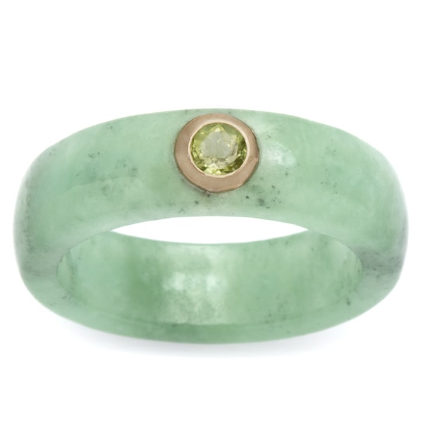 .26 TCW Round Peridot and Green Jade Ring in 10k Gold Naturalist