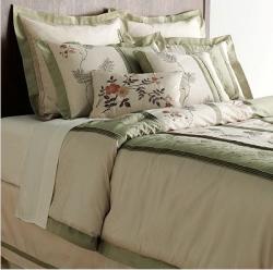 Lush Decor Ashlyn 8-piece Comforter Set - Thumbnail 1