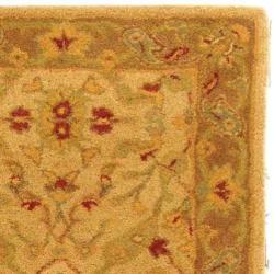 Safavieh Handmade Treasure Ivory/ Brown Wool Runner (2'3 x 16') - Thumbnail 1